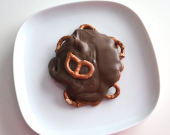 Salted Pretzel Caramel Chocolate Turtle Clusters 2 Candies
