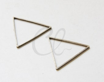 20 Pieces Antique Brass Plated Brass Base Triangle Ring - Link 21mm (1972C-F-576)