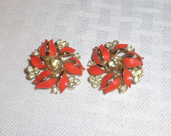 50s 60s Vintage Pinwheel Coral Color Earrings with Yellow Rhinestones by Lisner