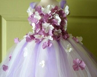 Flower Girl Dress, Tutu Dress, Lavender and Ivory  Dress, Ivory Dress, Flower Top, Photo Prop