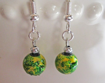 Christmas Ornament Earrings - Old Fashioned Bulb Ornaments - Green and Yellow
