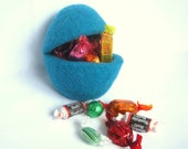Surprise Easter Egg Filler - BIG Size - Wool Felted Pocket - Egg Hunting - Sweets Candies Chocolates