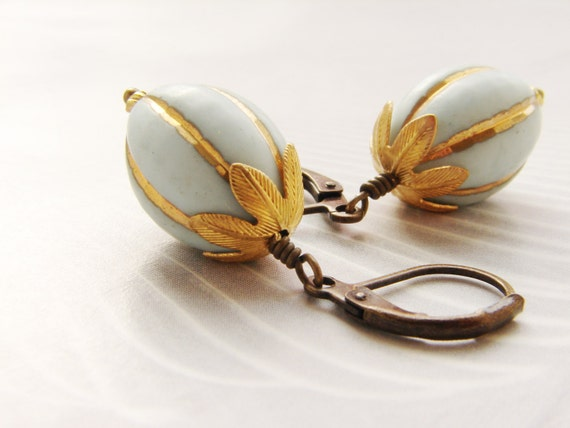 Vintage drop earrings, Vintage Lucite bead dangle earrings, Gilded gold robin egg blue earrings gift for her, gift for aunt