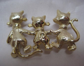 Cat Kitten Brooch Gold Vintage Pin