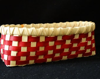 Hand Woven Basket in True Red and White(Natural Reed).  Storage basket.  Bread Basket.  Baskets. Hand Woven Baskets in fun colors!