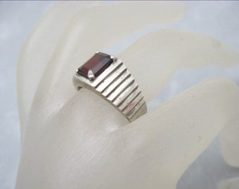 Sterling Ring Red Stone Step Design R6226
