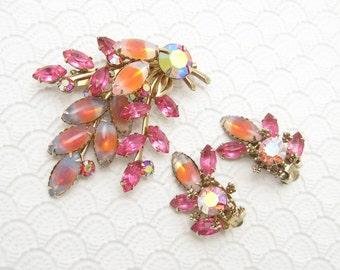 Vintage Rhinestone Brooch Earrings Set Pink Fifties Jewelry S6378