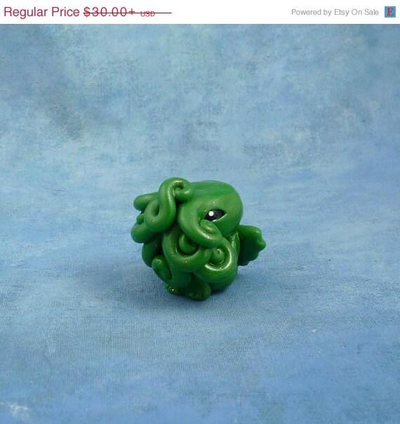 Green Cthulhu Figure, Original Horror Sculpture Inspired by H.P. Lovecraft