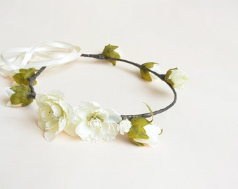Flower head piece, Ivory rose head wreath, wedding hair accessory, boho flower crown