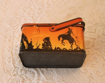 Vintage chlld's tin litho lunchbox