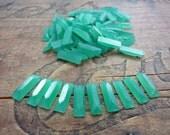 Glass Rhinestone Baguette Art Deco Glass Rhinestone 12x4mm Chrysoprase Green (10)