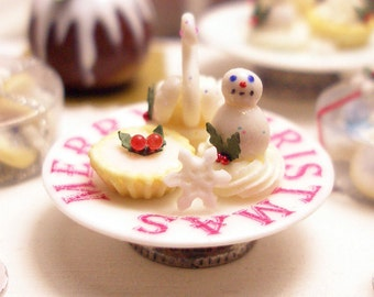 Christmas Cakes  Dollhouse Miniature Food Handmade