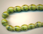 Vintage 38 Rich Shiny Licorice Wrapped Olive Green 11x9MM Glass Oval Beads SA1