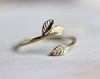 Delicate Leaf Branch ring - Gold Leaf Ring,Everyday jewelry, Leaf Ring, Vine Ring,Adjustable Ring,Gift for Her,Gift Under 20