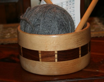 Stunning Natural Inlaid Wood  Bowl Filled w 400 yards Alpaca Yarn  Complete w Vintage Knitting Needles