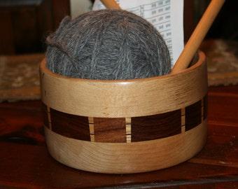 Stunning Natural Inlaid Wood  Bowl Filled w 400 yards Alpaca Yarn  Complete w Vintage Knitting Needles