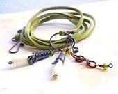 Green Bracelet, Suede Wrap Bracelet, Vegan Bracelet, Boho Chic Bracelet, Copper Wire Jewelry, Artisan Jewellery, Gypsy Jewellery