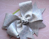 Gray with Pink Quatrefoil XL Diva Bow