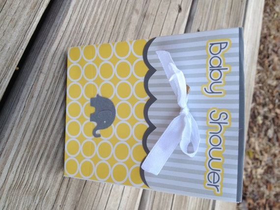 pack of 8 baby shower goody bags in yellow and grey with elephant