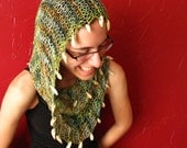 Mobius Infinity Cowl - Scarf with Wooden Beads