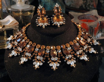 VRBA Necklace Earring Set, Rarish Egyptian Collar, Runway/Pageant, Earthy Colors, Hematite Finish, Excellent Condition