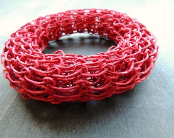 Sale 50 %: Knitted paperbangle in fire red