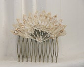 White Vintage Shell  Flower Fan Hair comb, Bridal Hair Comb