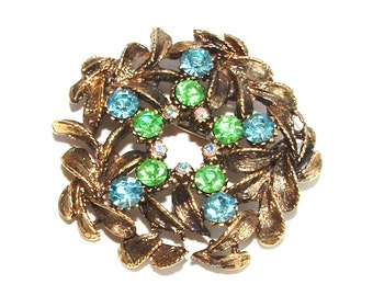 Vintage Peridot Green Sky Blue Rhinestone Botanical Circle Brooch, Fashion Wreath Pin