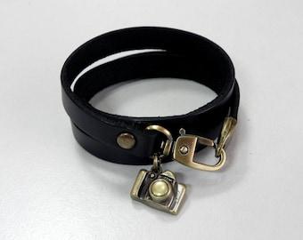 Leather Bracelet Women Bracelet Leather Cuff Bracelet Leather Charm bracelet in Black Color with Metal Camera Charm