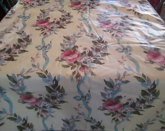 Fabric, vintage cotton chintz, great floral, lots to work with 1940's