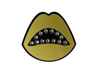 Sealed with a Kiss Acrylic Brooch in Gold