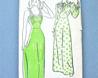 Early 1940s Vintage Lingerie Nightgown Sewing Pattern by New York 568  Bust 34