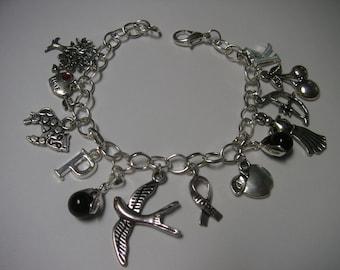 The Hunger Games theme, pewter charm, bracelet - Survival