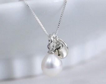 Personalized Bridesmaid Necklace, Wedding Necklace, Personalized White Freshwater Pearl Necklace, Bridesmaid Necklace, Bridesmaid Gift