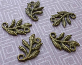 free shipping in UK - pack of 10  - Antique Bronze Connector leaves, leaf