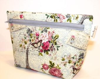 Romance in Paris - Accessory Bag