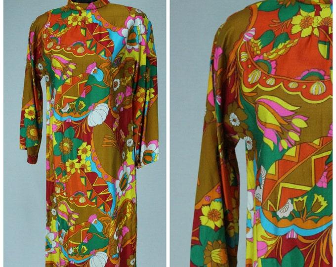70s Mini Dress / Psychedelic Print Dress / 60s 70s Angel Sleeve Dress / Trumpet Sleeve Dress / Groovy Dress / 1960s 1970s Mod Funk Dress