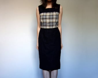 70s Plaid Casual Winter Dress Office Fashion Beige Black White Sleeveless Day Dress - Medium M