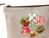 SALE 25% off  -Was 24.00 Now 18.00- Appliqued Hexies on Linen Zippy Bag