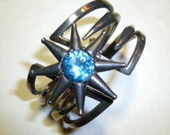 Vintage Mexican Sterling Bracelet. Dramatic Blue Star. Salvador Teran Design Made by Pedro's Taxco.