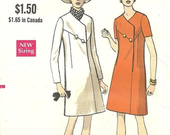 New Listing Vogue 7468 Dress Pattern Vintage size 12 1/2