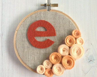 Personalized Custom Girls Buds // Embroidery Hoop // Wall Decoration