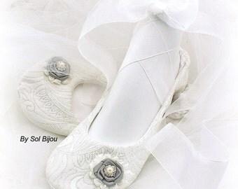 Ballet Flats, Ivory, Silver, Elegant Wedding, Bridal, Shoes, Flats, Ballerina Slippers, Flower Girl, Crystals, Pearls, Vintage Style