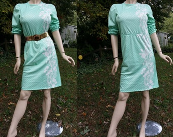 70s Dress in Mint Green,  Vintage Dress, 70s Costume, Polka Dot Dress, Mint Green Dress in Stretchy Knit with Flowers and Polka Dots Size 6