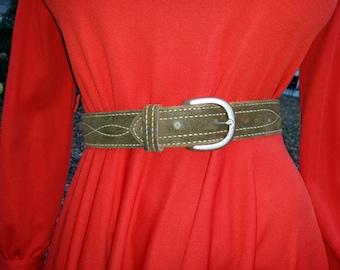60s Western Belt in Green Suede, Suede Belt, Leather Belt, Vintage Belt,  Bull Hide Belt Waist Size 22-28