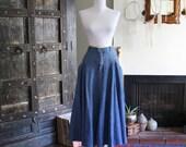 90s Liz Wear denim skirt with oversized pockets