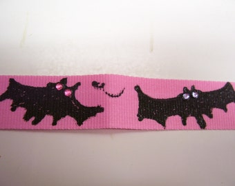 PINK HALLOWEEN BATS  necklace 14.5 inches