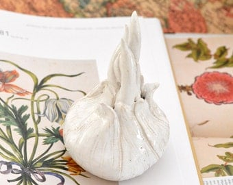 Decorative ceramic onion white glazed