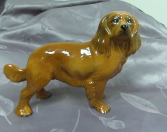 Dog Figurine Spaniel Porcelain Glossy Glaze Made in England 8.5 long