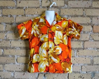 "Vintage 1960s Boys Size 10-12 Barkcloth Royal Hawaiian Shirt VGC / chest 34"" length 19"" / Resort Beach Tiki Lounge Wear"
